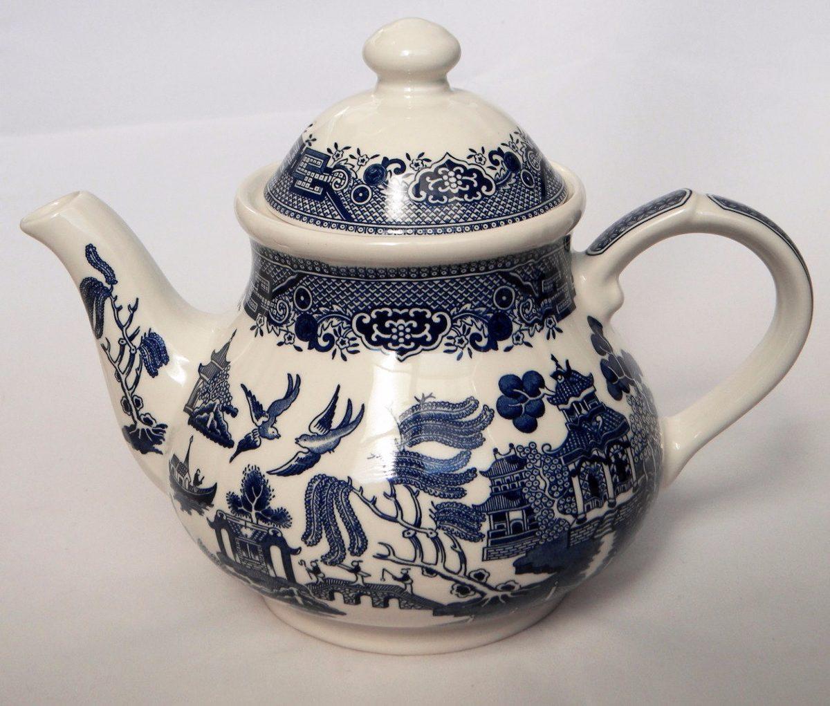 Tetera antigua de porcelana inglesa churchill willow blue - Porcelana inglesa antigua ...
