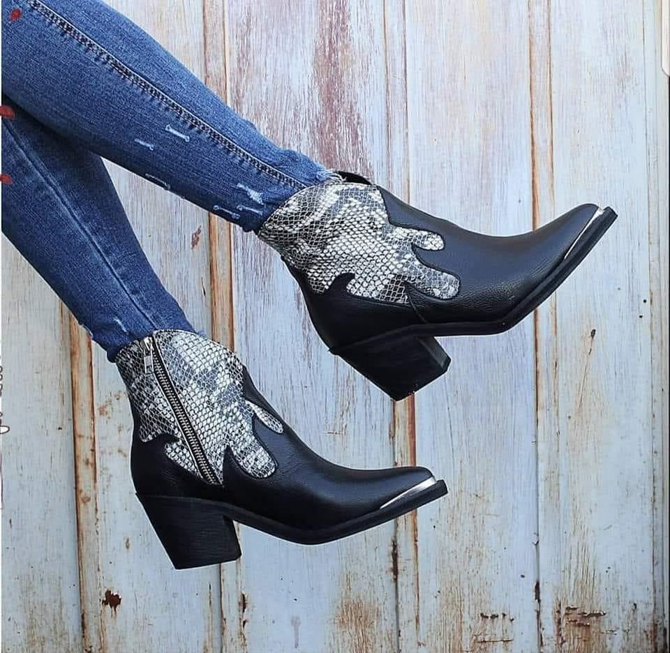 4d52102f6 texanas botas botinetas combinadas cuero vacuno reptil. Cargando zoom.