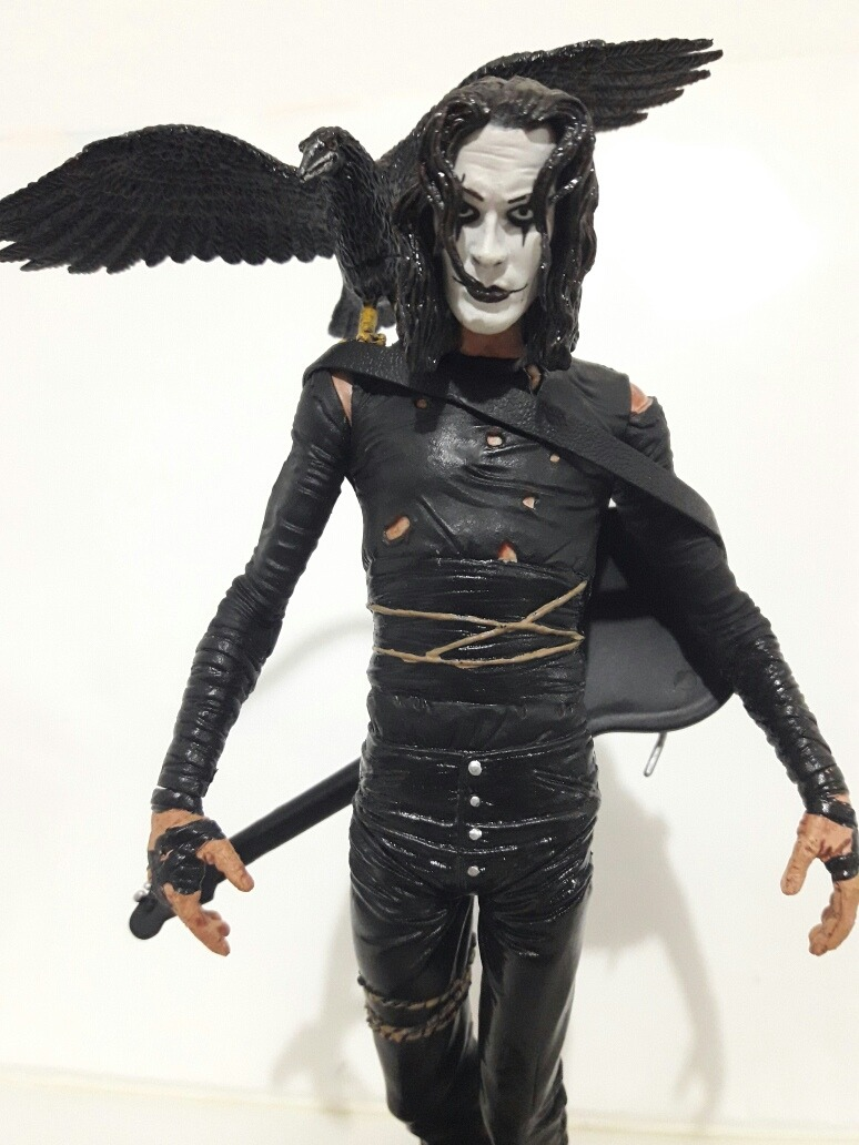 The Crow El Cuervo Movie Maniacs Mc Farlane (rosario) - $ 2.750,00 en  Mercado Libre