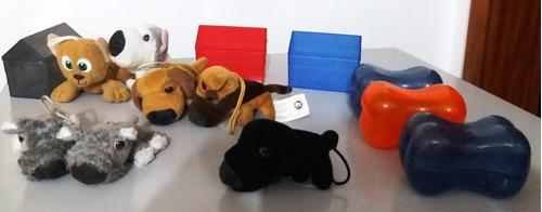 the dog the dogs mc donalds 2004   -  7 dogs  e 6 casinhas