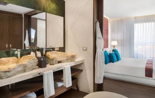 the fives downtown luxury condo one suite en venta p2641