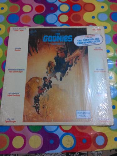 the goonies lp 1985 original motion picture soundtrack.