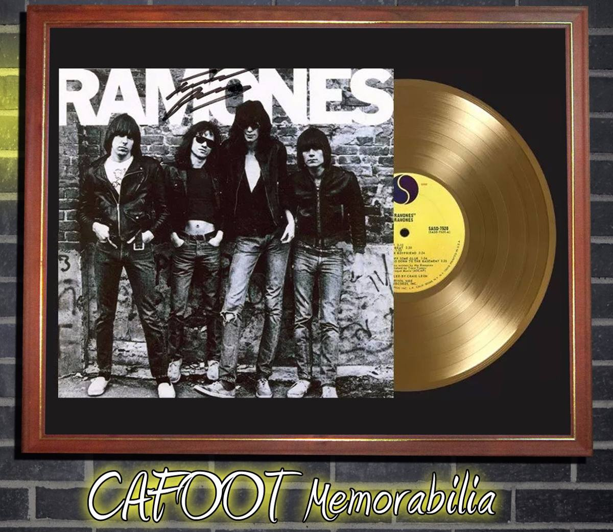 The Ramones Ramones Tapa Lp Firmada Y Disco Oro Cuadro - $ 599,00 en ...