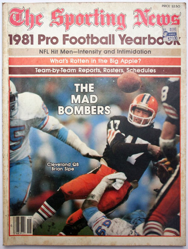the sporting news 1981 footbal yearbook earl campbell jim pl
