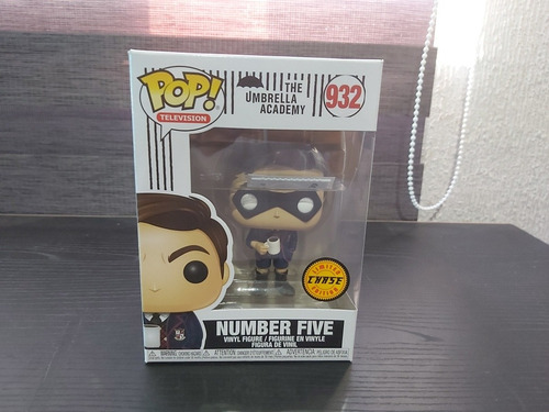 the umbrella academy number five #932 funko pop chase