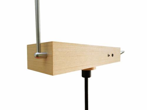 theremy - theremin com efeitos de reverb e eco incorporados
