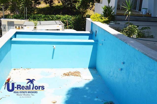 three levels residence for sale in el valle village for $390