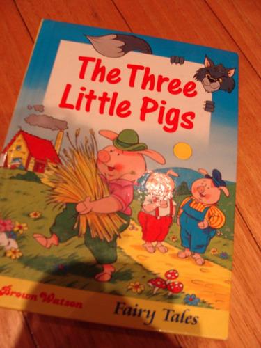 three little pigs- tapa dura