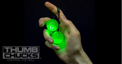 thumb chucks de led brinquedo febre do momento