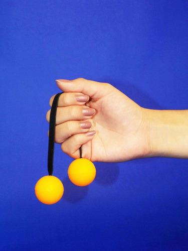 thumb chucks fidget yo-yo
