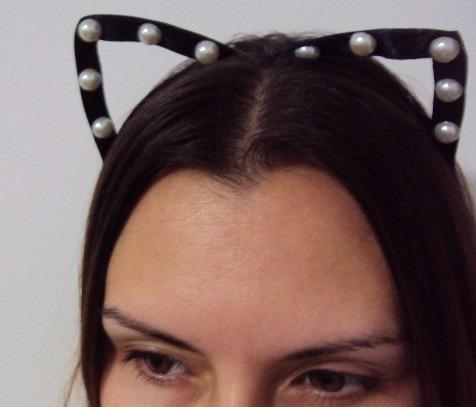 tiara orelhas de gato vazadas cetim pérolas pronta entrega