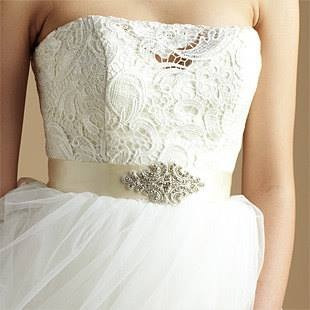 tiaras tocados novias materiales importados cristales boda