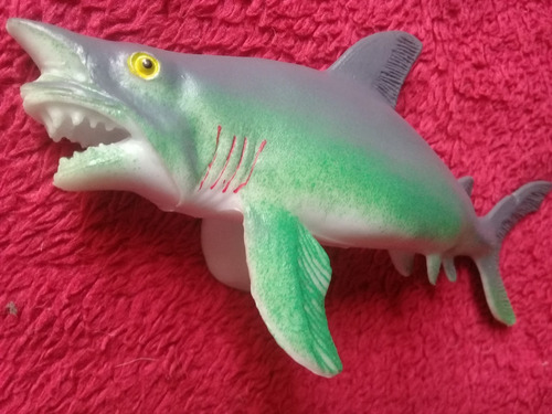 tiburón arenero  carcharhinus obscurus juguete goma plastico