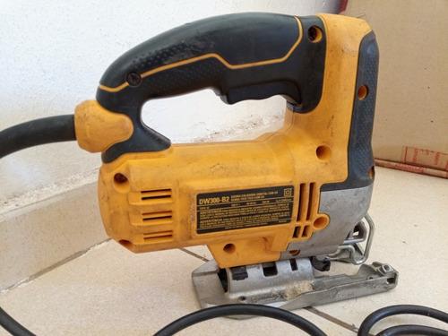 ticotico para cortar madeira