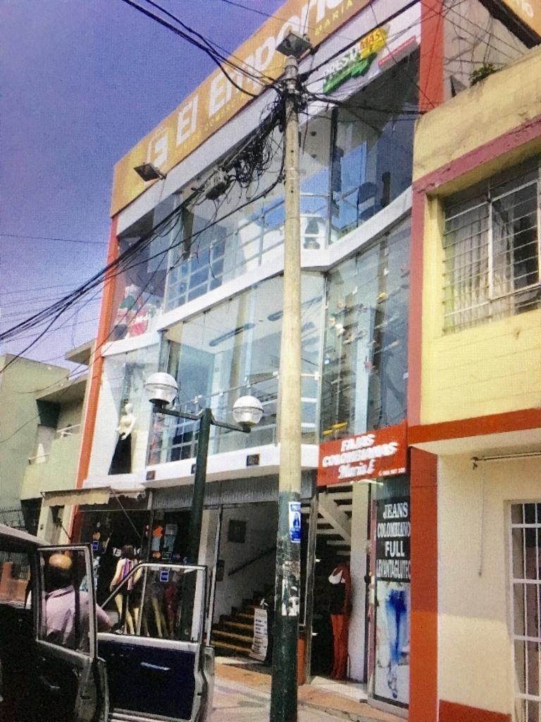 tienda de 6mt,con punto de agua