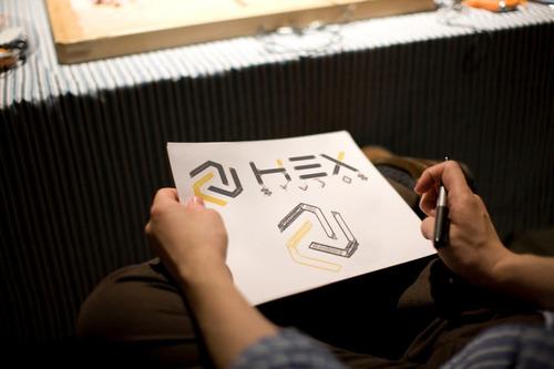 tienda en línea + logotipo + publicidad + papelería