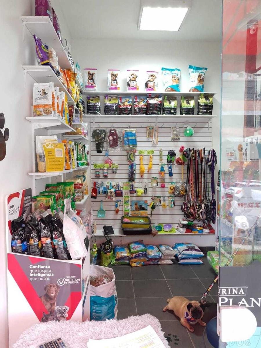 tienda y peluquería de mascotas