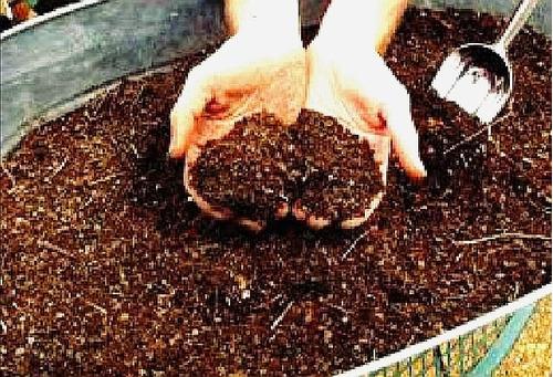 tierra preparada 22 kg. para plantas y jardín