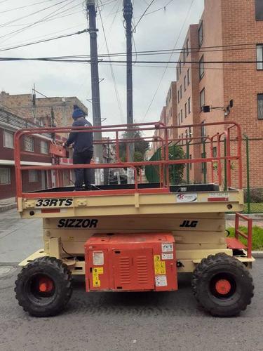 tijera todo terreno diesel altura de trabajo 12 m,