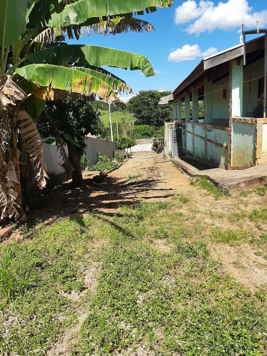 tima casa na estrada particular do barreiro