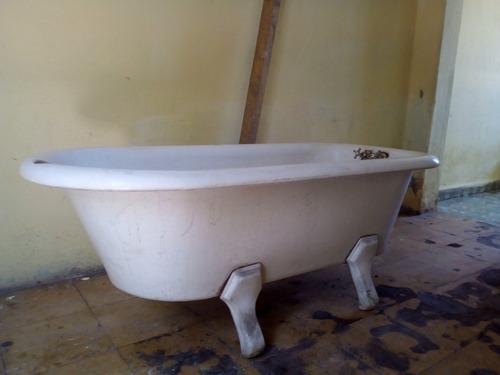 tina antigua de baño