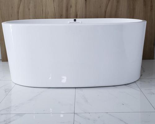 tina de baño minimalista ovalada kand  dubai