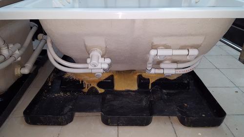 tina marca jacuzzi spa de 1.80x1.30x0.65 c/m 1.0 hp completa
