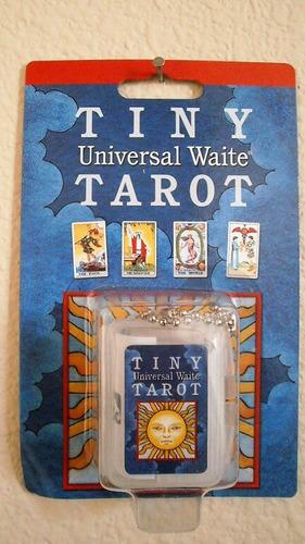 tiny universal waite (este tarot esta en ingles)