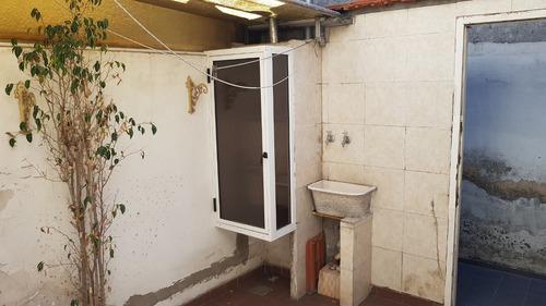 tipo casa 2 ambientes interno sin expensas con patio