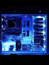 tira de led nzxt color azul.