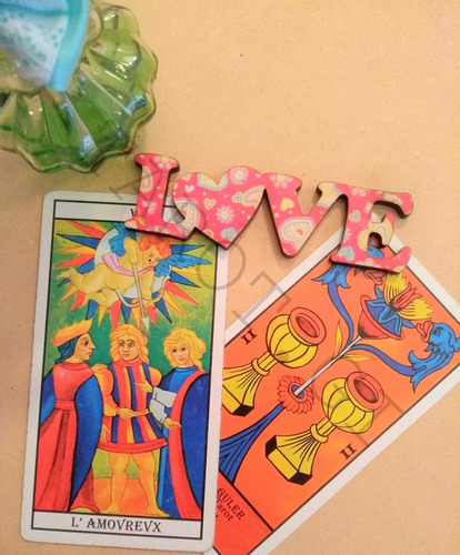 tirada de tarot amor/relaciones