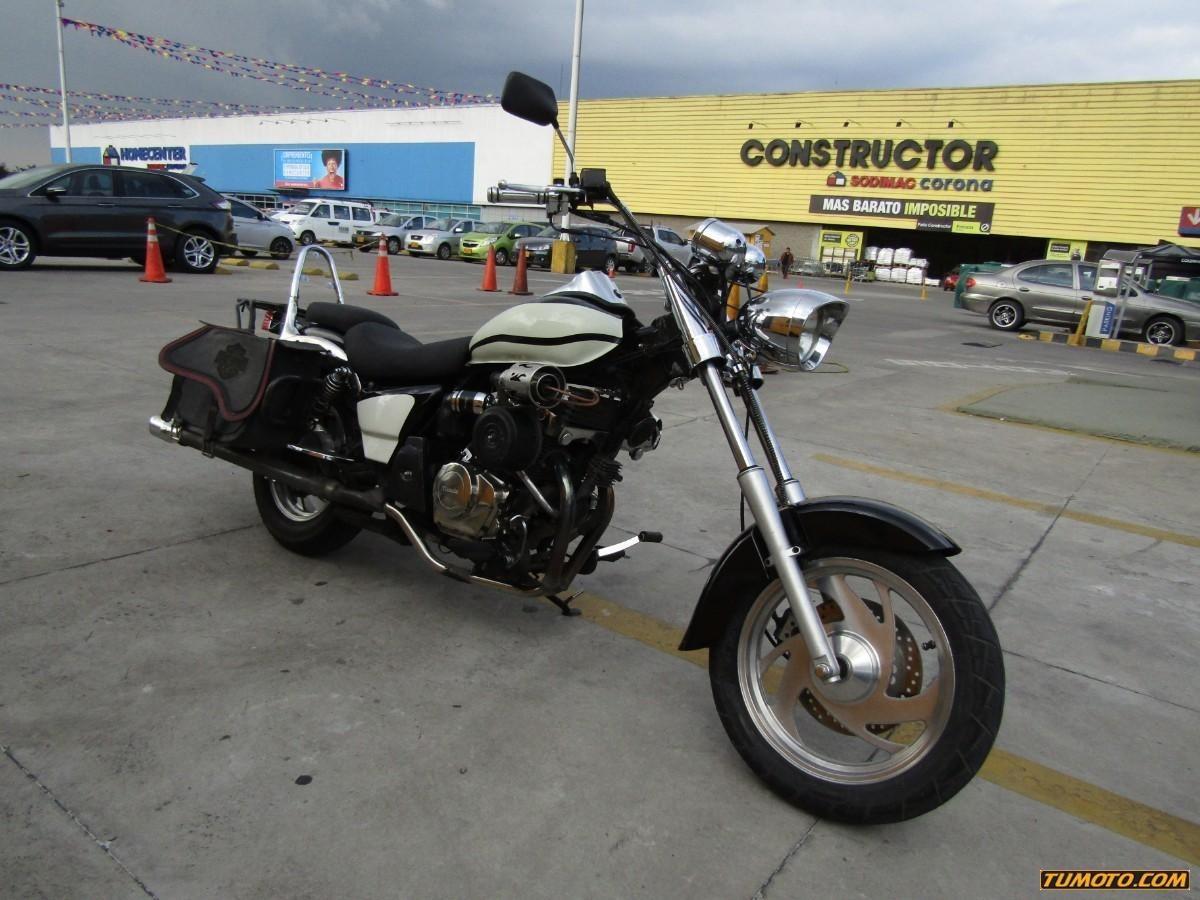 85e1527caa4 Titania Xy 250 - $ 6.000.000 en TuMoto