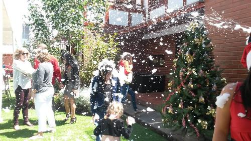 títeres, saltarines, maquinas de nieve burbuja