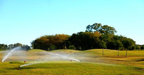 tizado pilar vende lotes al golf en medal cc, pilar y alrededores