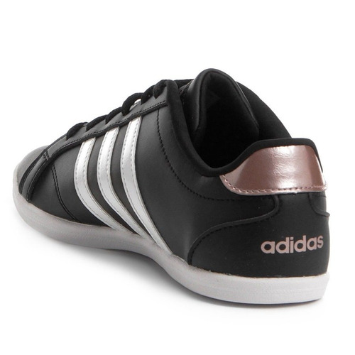 1fda0b6ba9c Tênis adidas Coneo Qt Casual Feminino - R  239