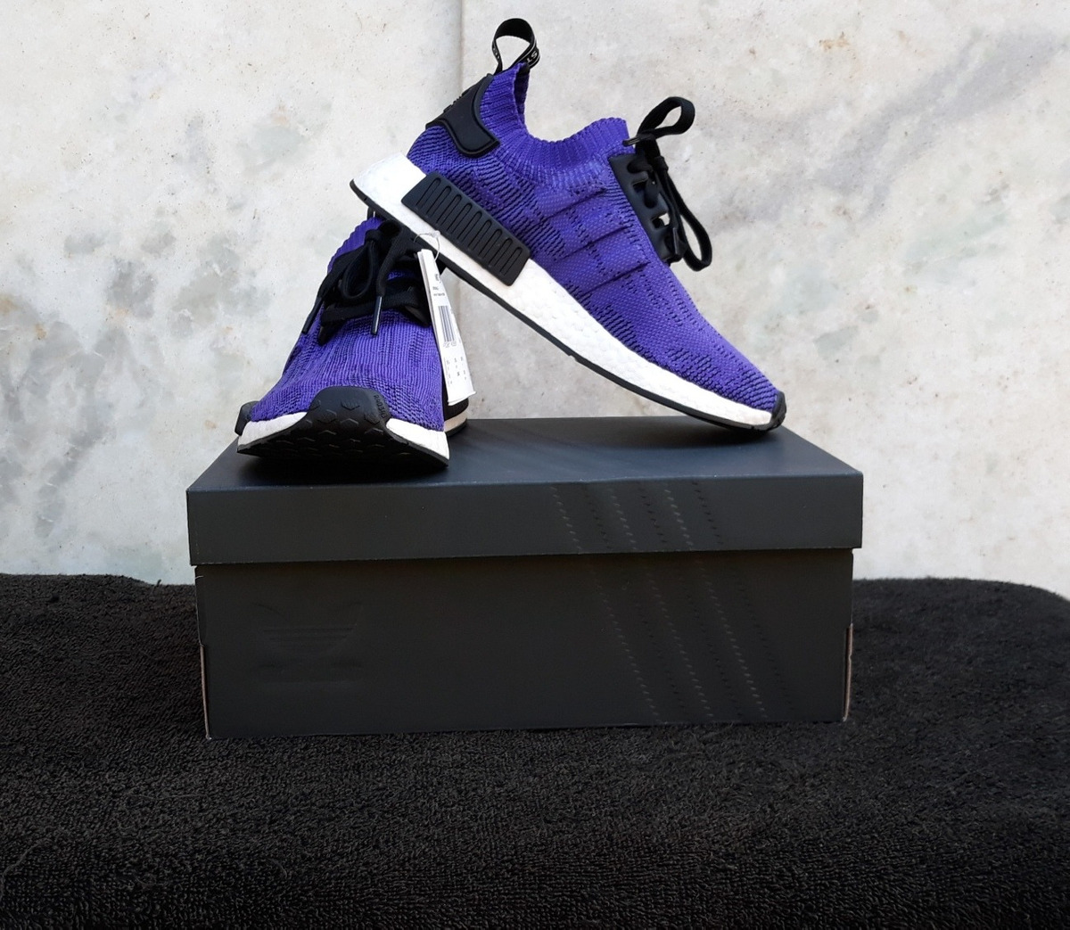 buy popular d796f a8db0 Tênis adidas Nmd R1 Pk 100% Original B37627