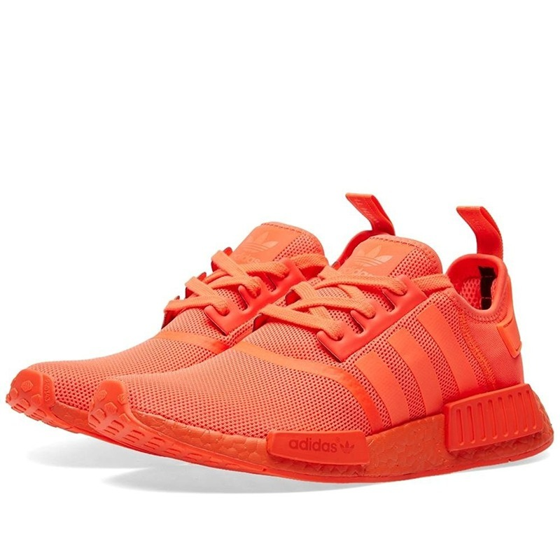 fe9759ad753 tênis adidas nmd runner r1 masculino laranja + caixa + frete. Carregando  zoom.