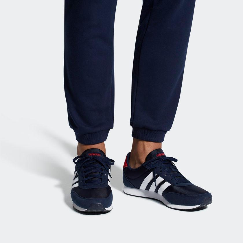 tênis adidas original v racer 2 masculino basico novo branco. Carregando  zoom. f148a85c17849