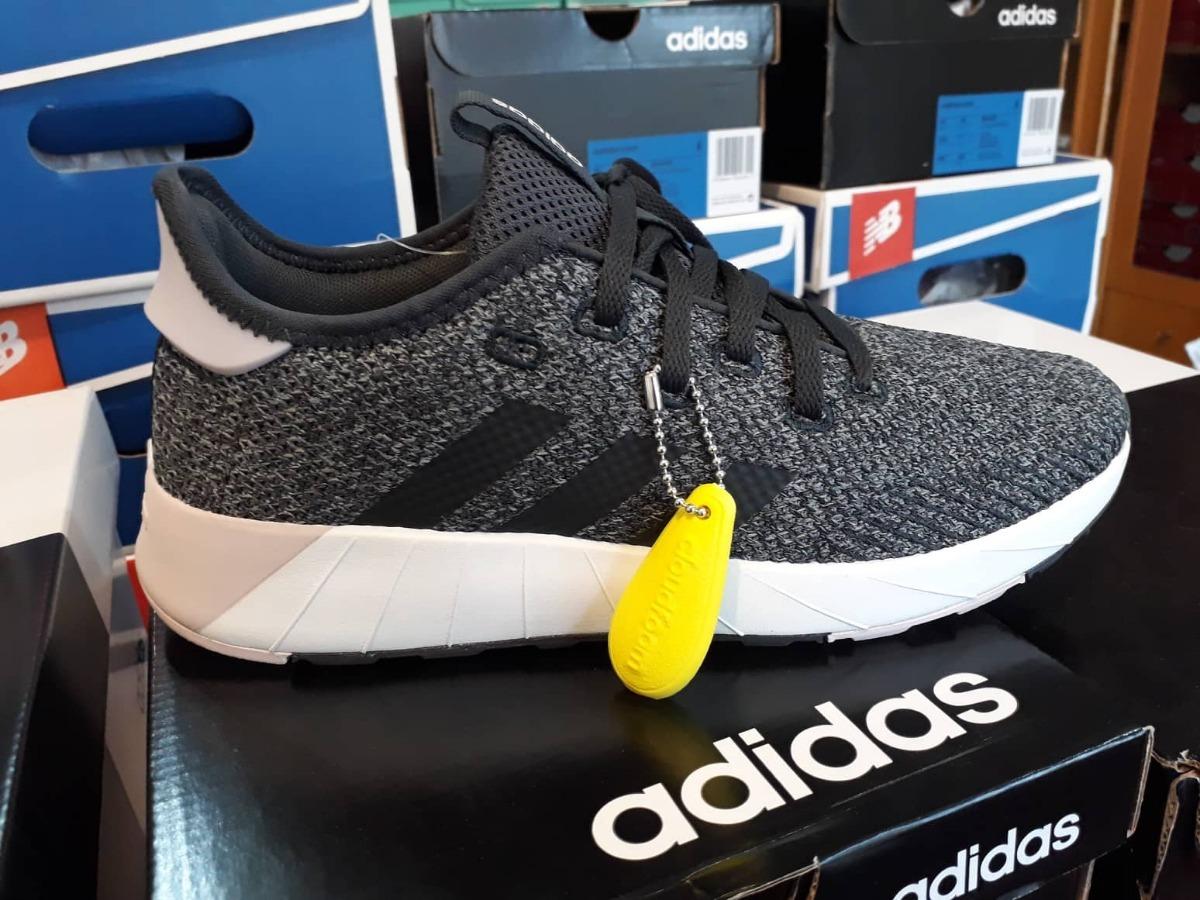 new products d5aa5 9ae65 Tênis adidas Questar X Byd