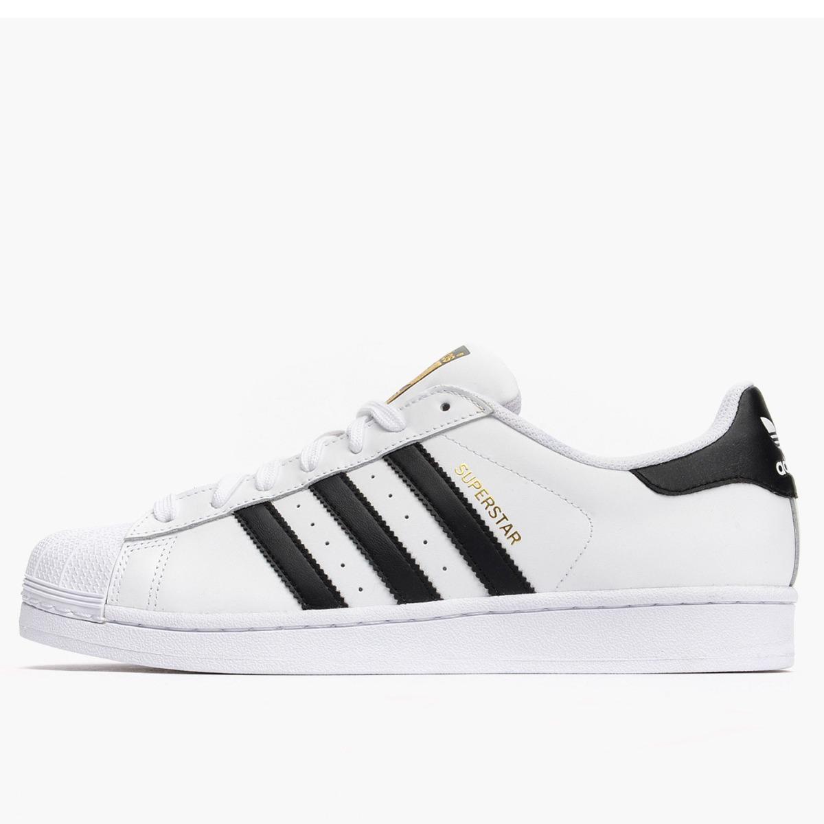 2741cd8e4d1 tênis adidas superstar foundation white   black. Carregando zoom.
