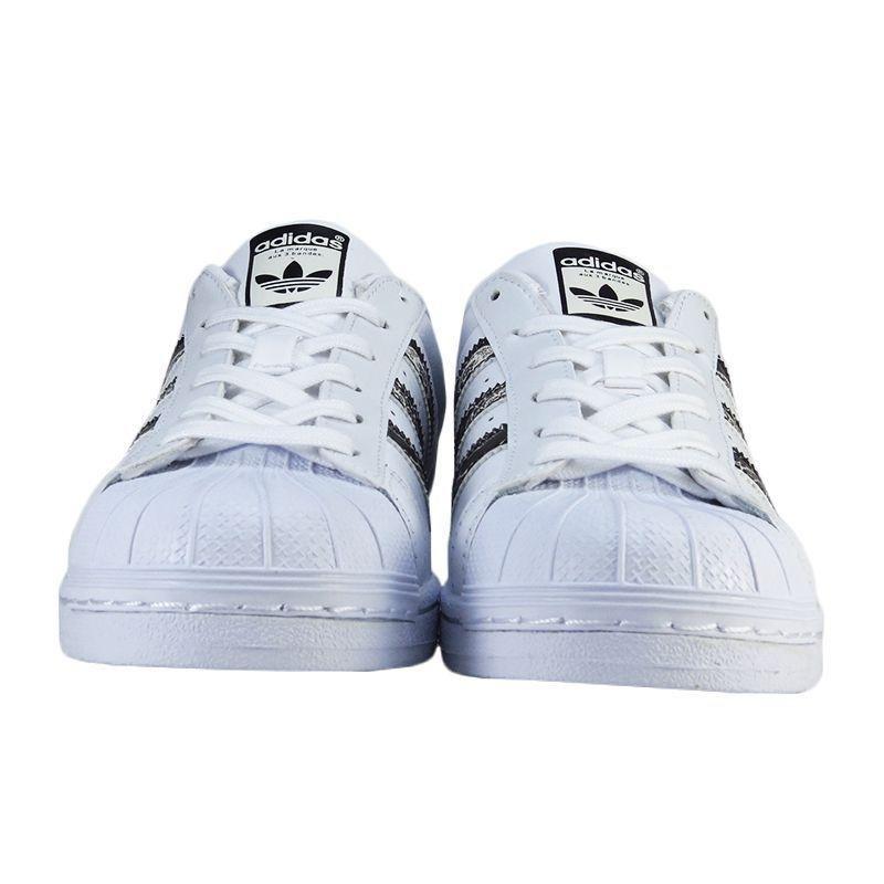 eec8031e173 tênis adidas superstar w farm-branco. Carregando zoom.