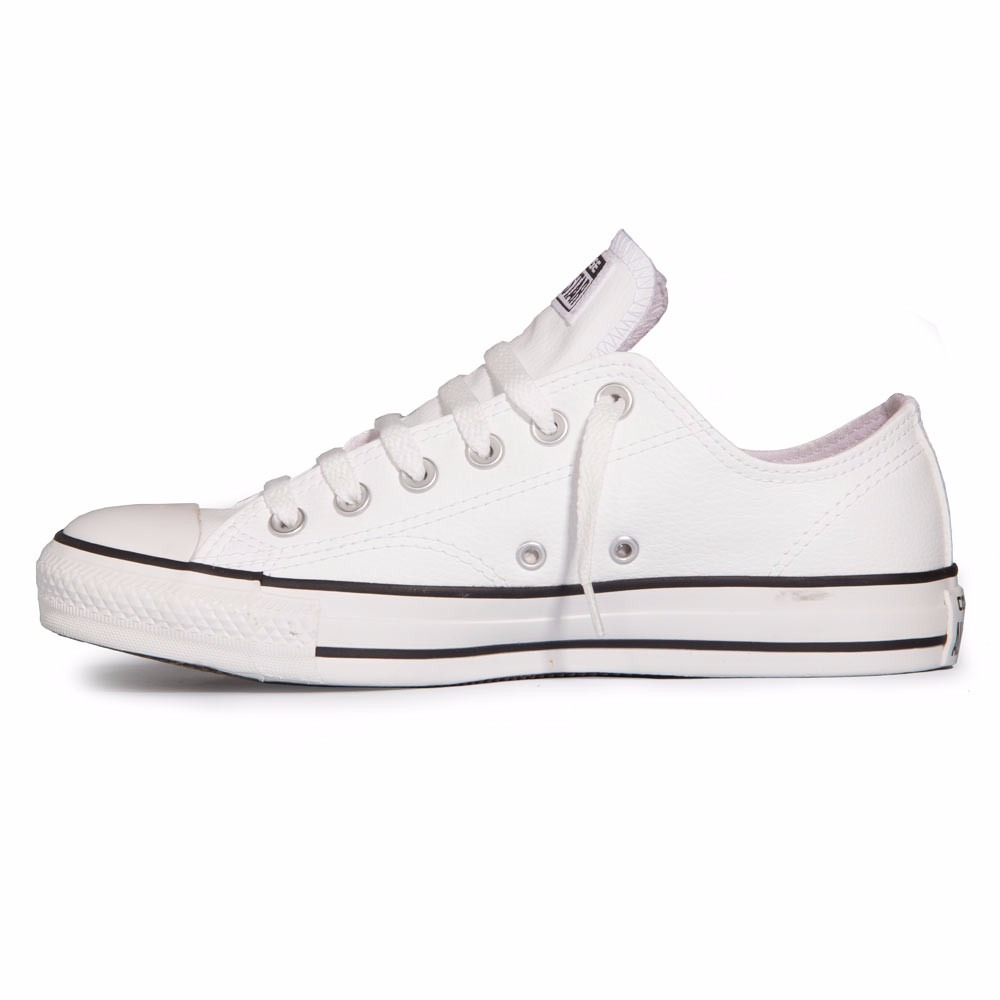 84b7d209c9aad Tênis All Star Converse Em Couro Ct As Malden Ox 50% Off - R  99