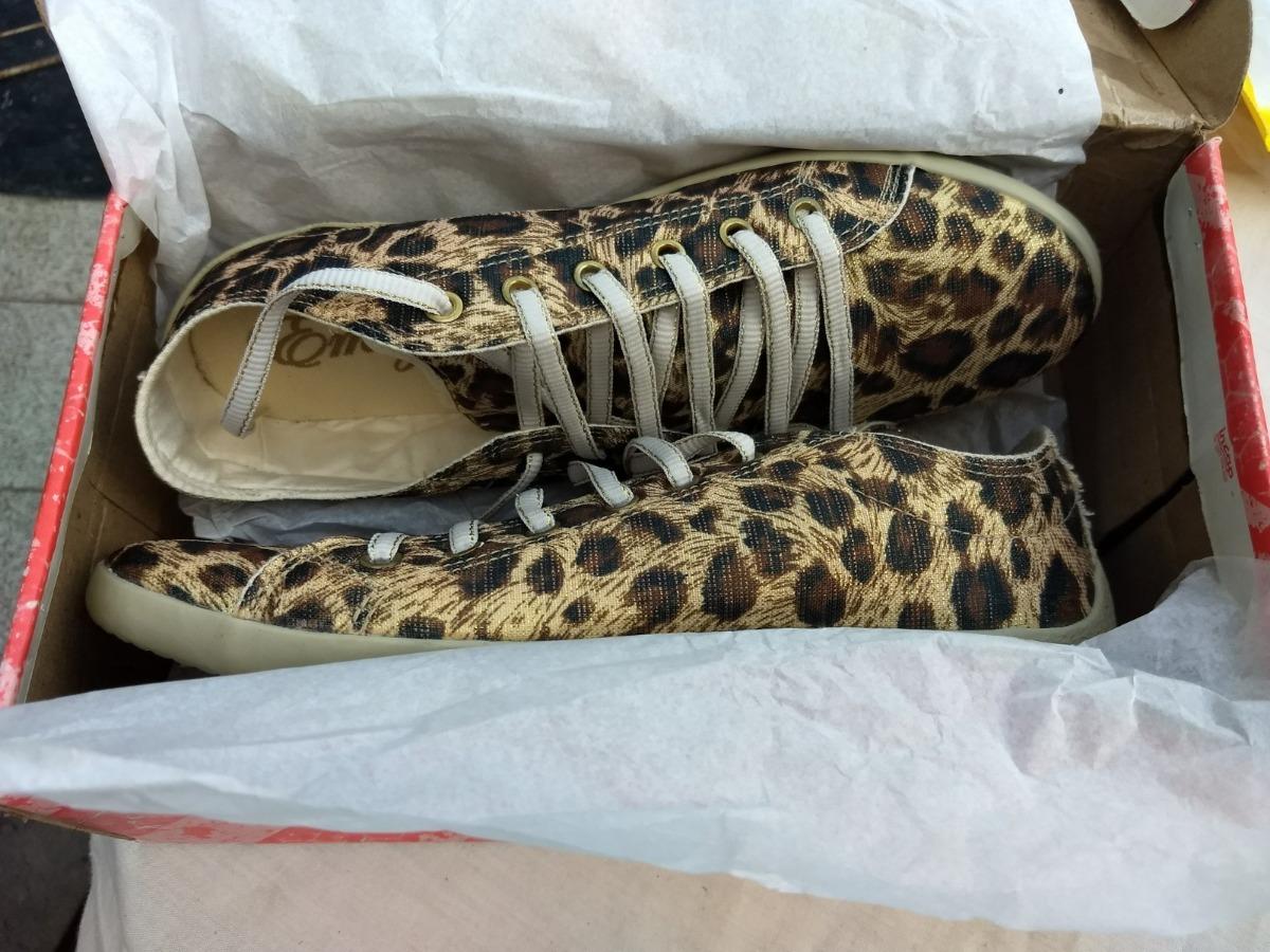 8802e0066a tênis casual feminino - onça leopardo com detalhe dourado 39. Carregando  zoom.