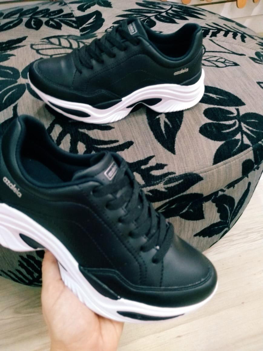 0e7049c6b3c tênis chunky sneakers azaleia preto. Carregando zoom.