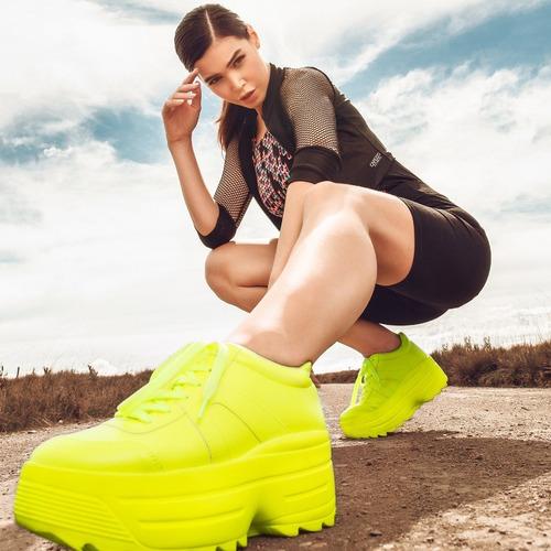 tênis chunky sneakers flatform branco lima neon