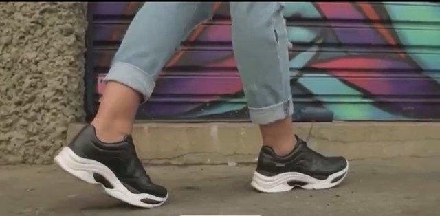 a48fc300280 Tênis Chunky Sneakers Preto Azaleia - R  99