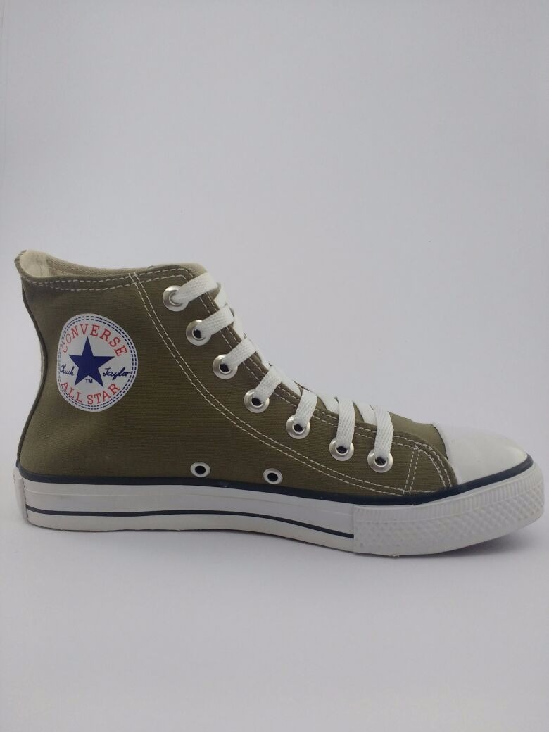 e14ff713baa0 tnis-converse-all-star-chuck-taylor -cano-alto-verde-militar-D NQ NP 769439-MLB25934939482 082017-F.jpg