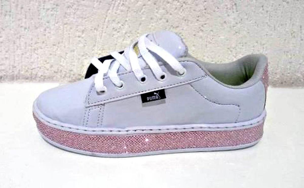 f5814bc9839 tênis feminino puma rihanna verniz branco brilho rosa. Carregando zoom.