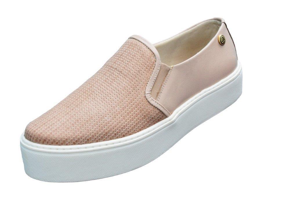 fb5dd9f6bb Tênis Feminino Slip On Flatform Quality Shoes Couro - R  119