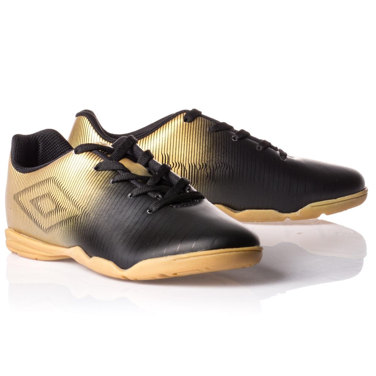 tênis futsal infantil umbro preto dourado produto original! Carregando zoom. d40e5f63a9e17